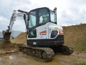 Kaivinkone 5 tn – 6,5 tn, pyörittäjä, kiinnike S40